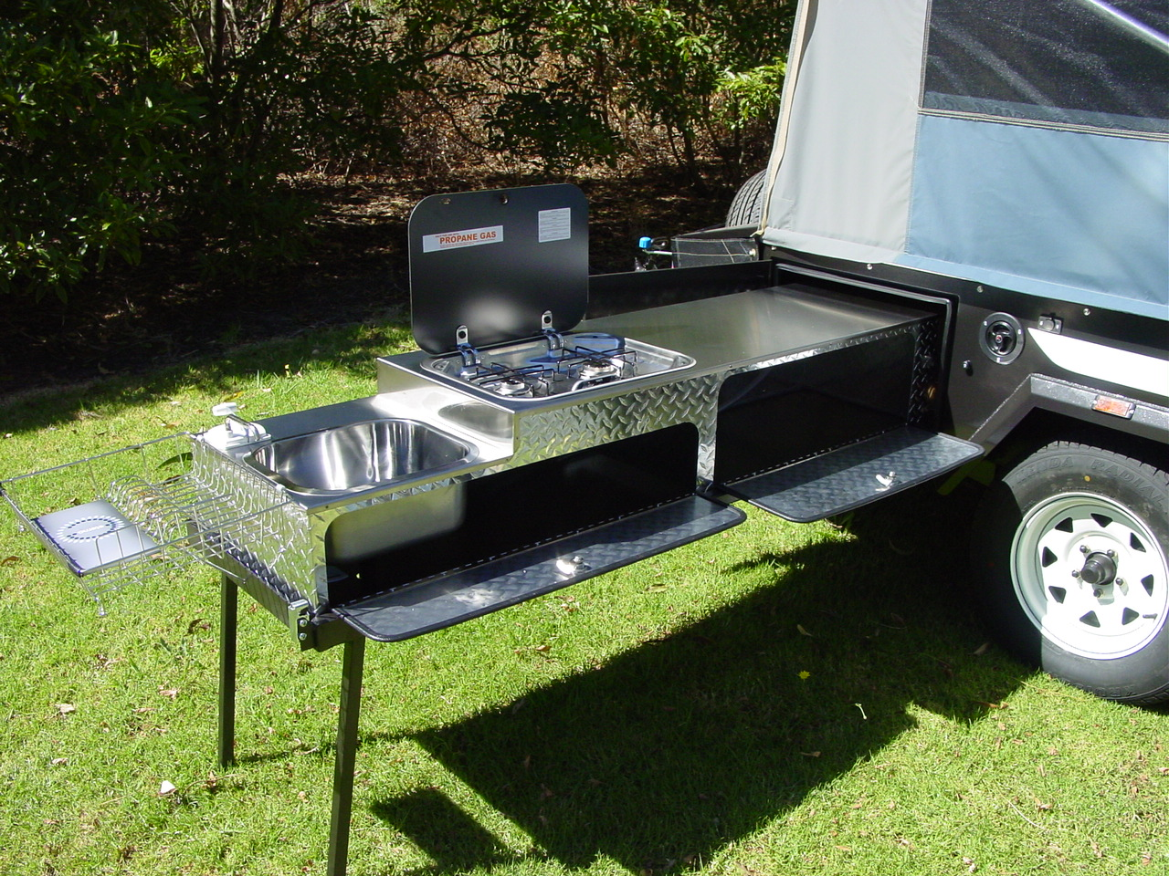 Camper Trailer Kitchen Designs Newell On Road Camper Outback Campers Camper Trailers Melbourne